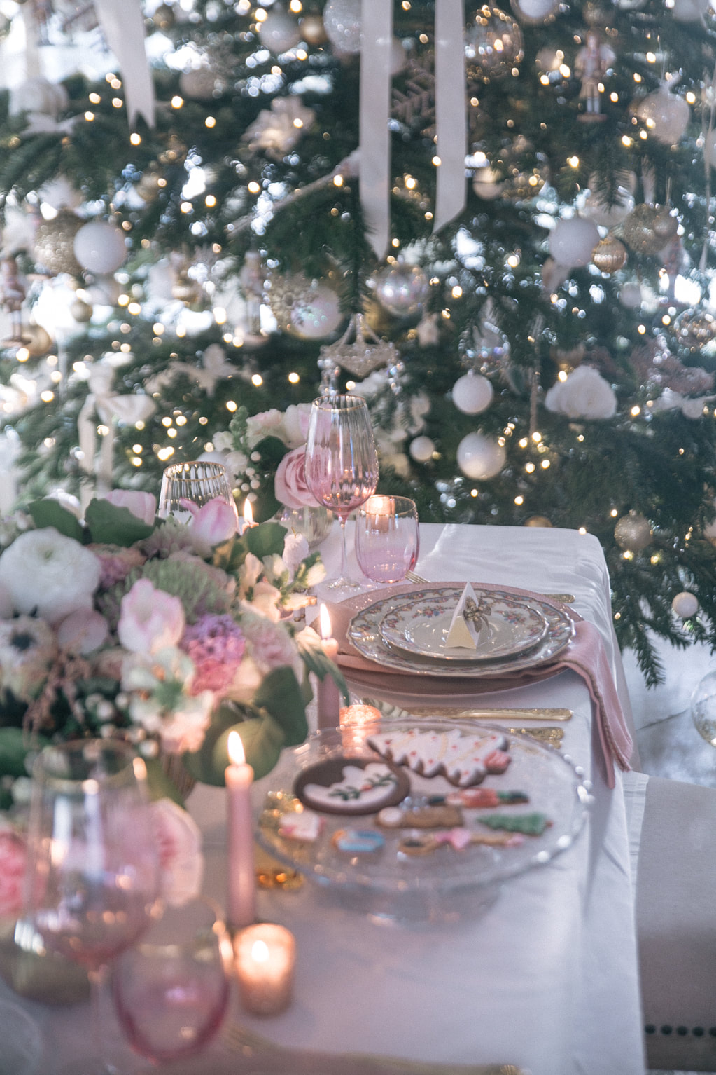 Nutcracker themed Christmas tablescape by The Belle Blog