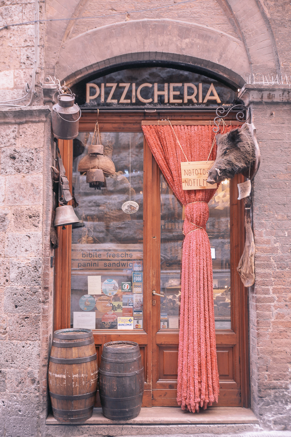 Discovering Siena and Monteriggioni on a road trip through Tuscany by The Belle Blog