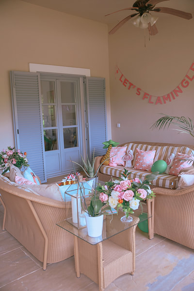 Hen party inspiration, Miami themed pol party in Spain by The Belle Blog